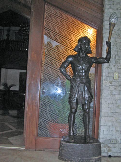 ココナッツ・パレス正面玄関